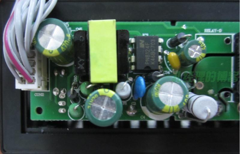 装有绿宝石电容功能正常的良品